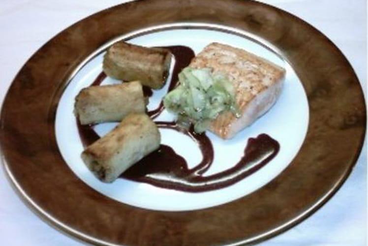 Saumon rôti, pomme de terre en moëlle d'anchois