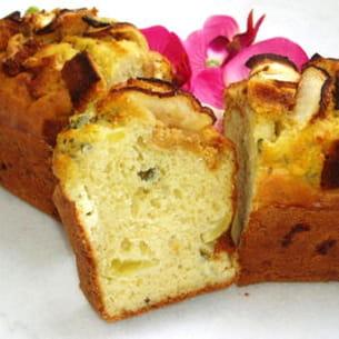 cake au roquefort, pommes et pain d'épices