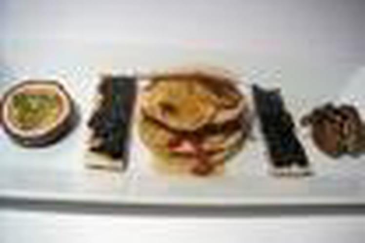 Mille-feuilles d'ananas et foie gras
