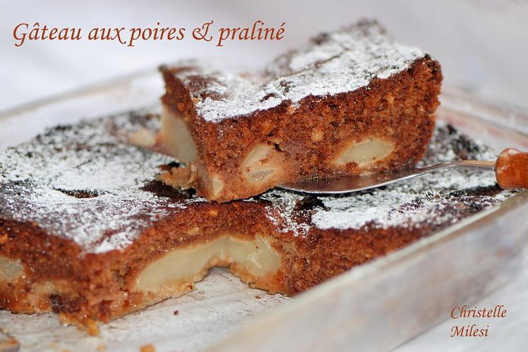 Gâteau aux poires et praliné