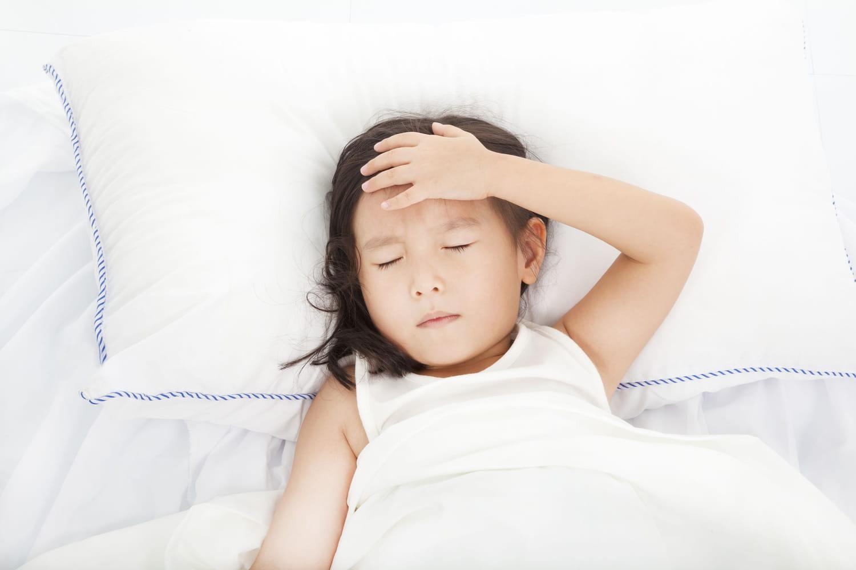 AVC chez l'enfant: quels sont les symptômes avant-coureurs?