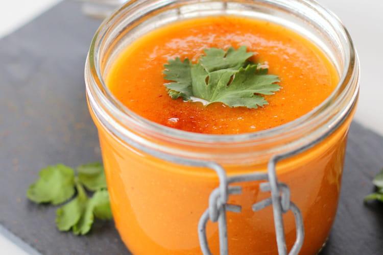 Soupe de tomate et ras el hanout