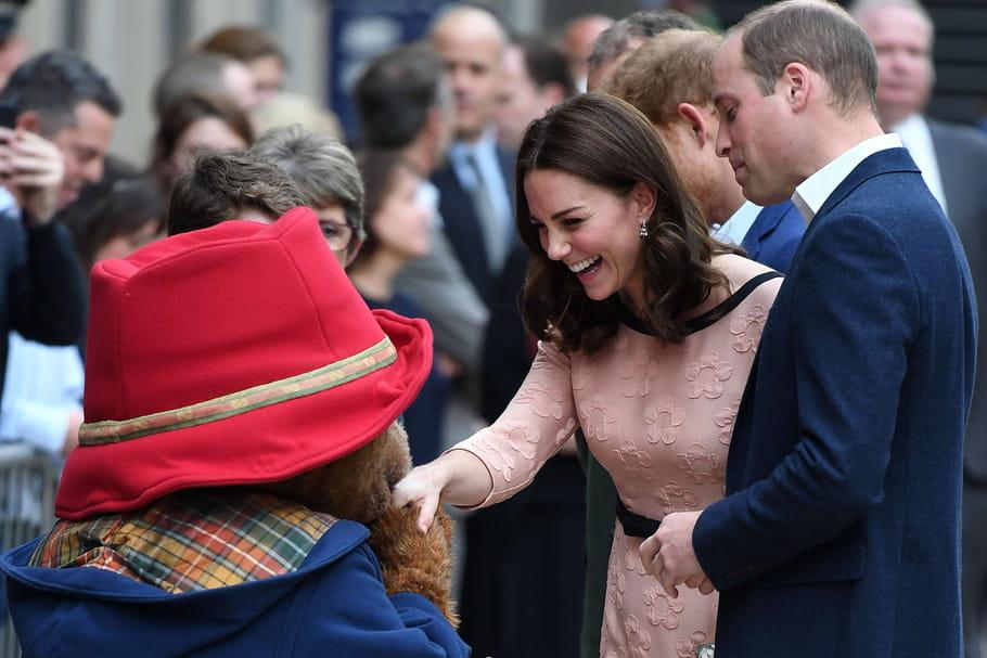 Kate Middleton enceinte: le bébé royal attendu en avril