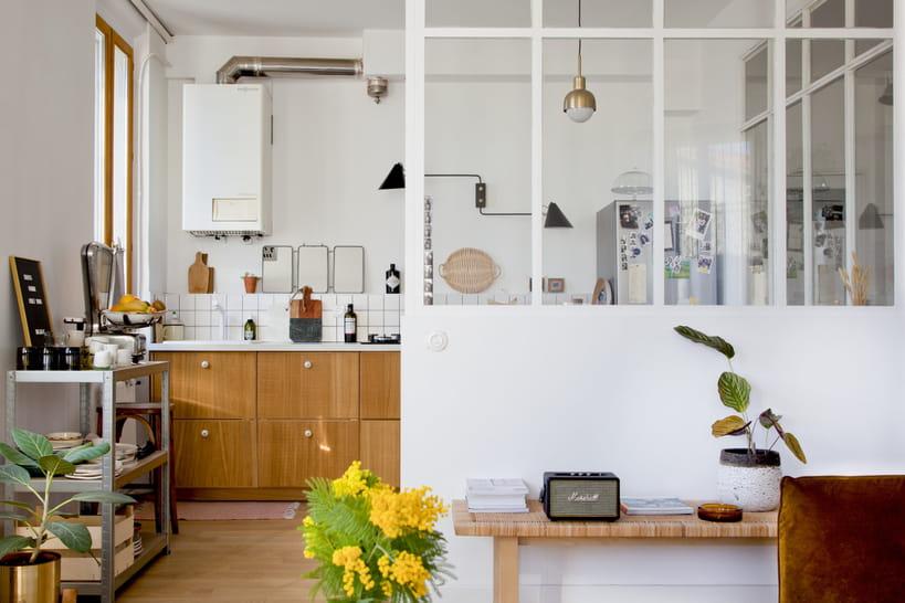 Lumière sur la verrière dans la cuisine
