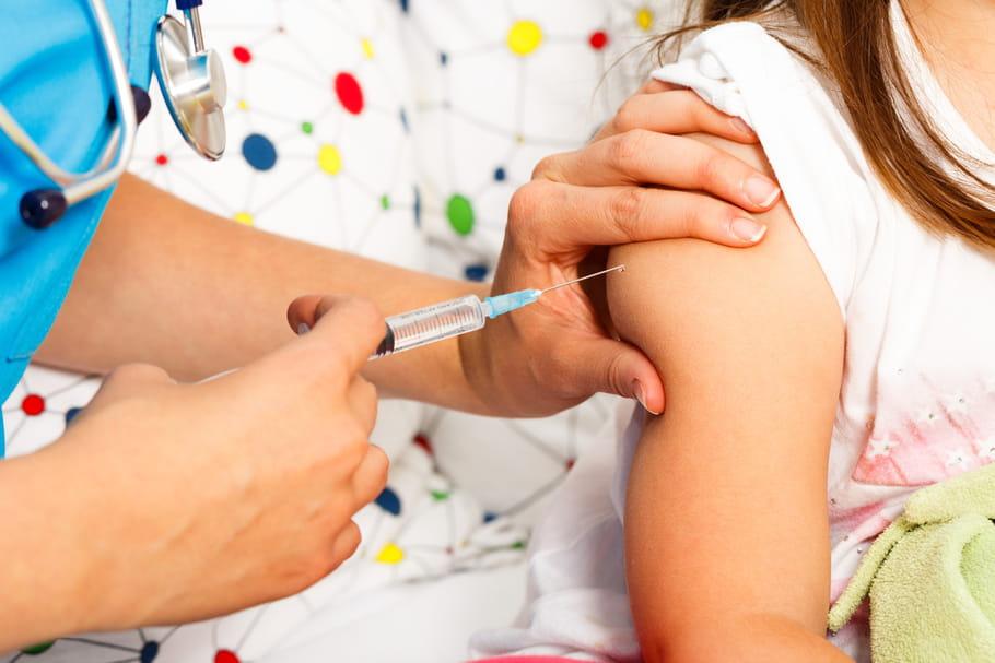 Vaccination : les médecins seraient-ils réticents ?