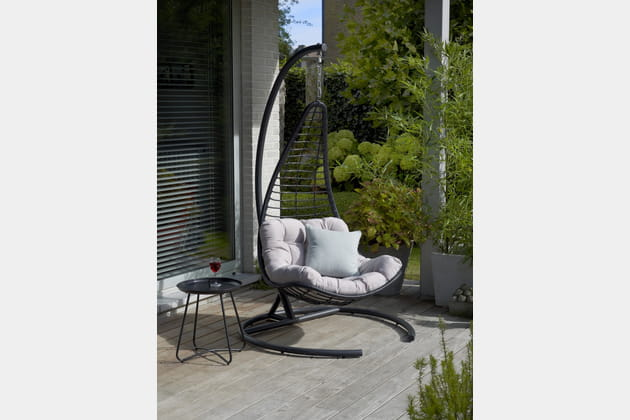 fauteuil suspendu balancelle float de casa. Black Bedroom Furniture Sets. Home Design Ideas