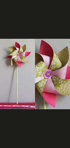Réalisez un moulin à vent décoratif en carton