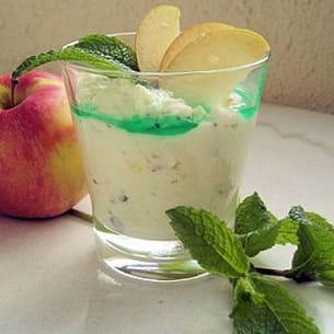 mousse aux pommes à la menthe fraîche