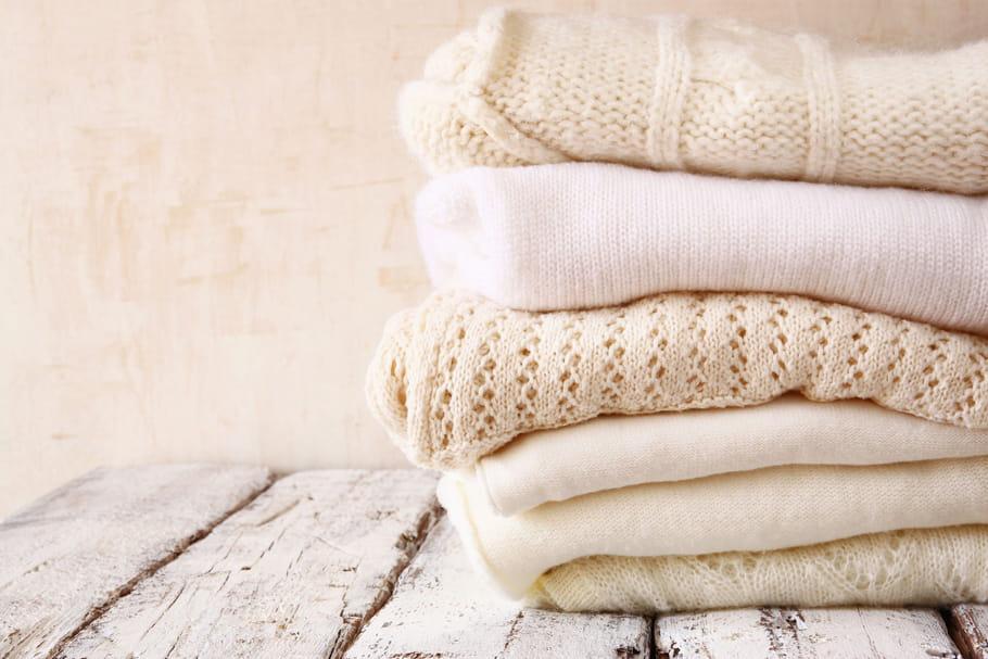Comment détendre un linge en laine rétréci au lavage?
