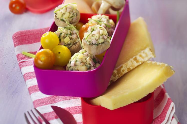 Champignons crus farcis au fromage Salers