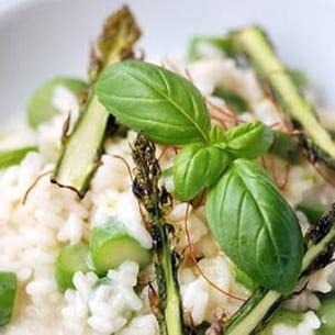 risotto aux asperges et pointes d'asperges confites