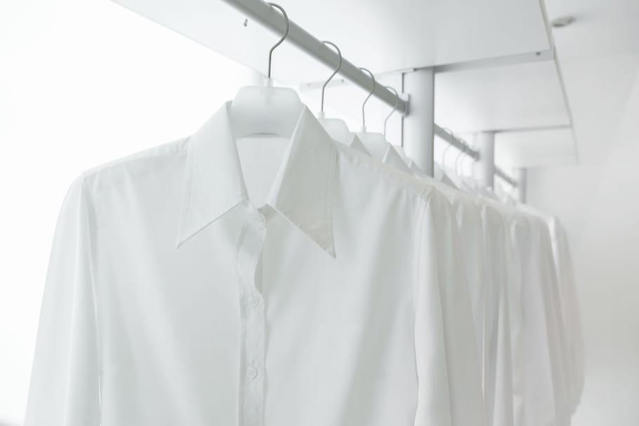 Comment porter la chemise blanche ?