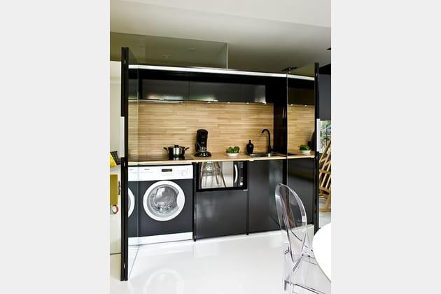 une cuisine invisible. Black Bedroom Furniture Sets. Home Design Ideas
