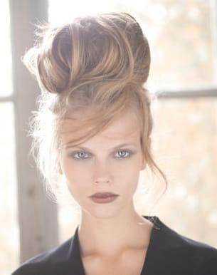 Coiffure de mariage chignon bun glamour for Coupe courte femme de cheveux jean claude aubry