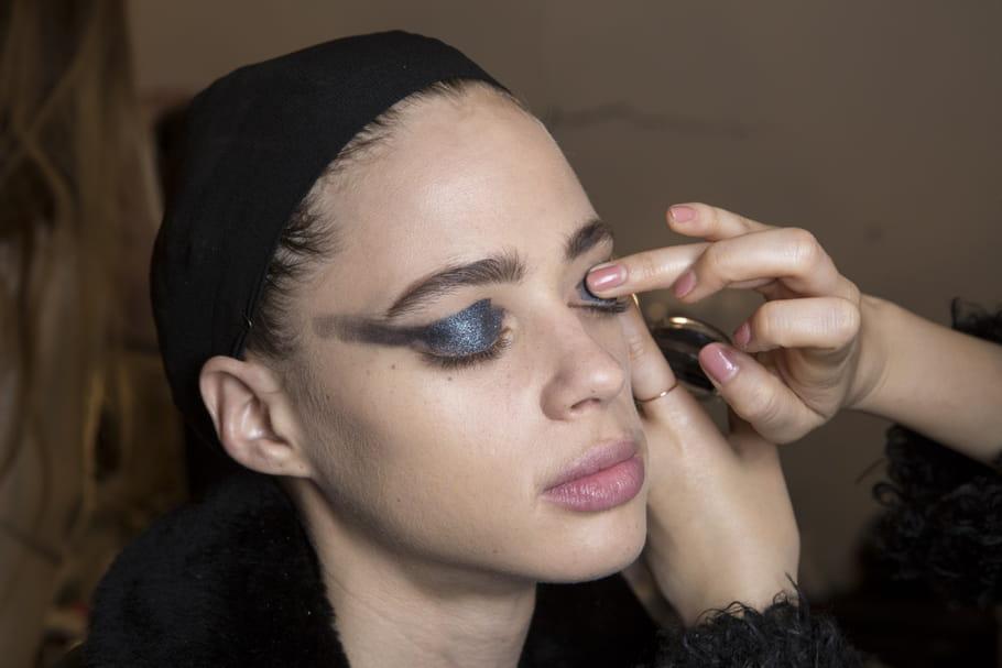Comment réaliser un maquillage sans pinceau?