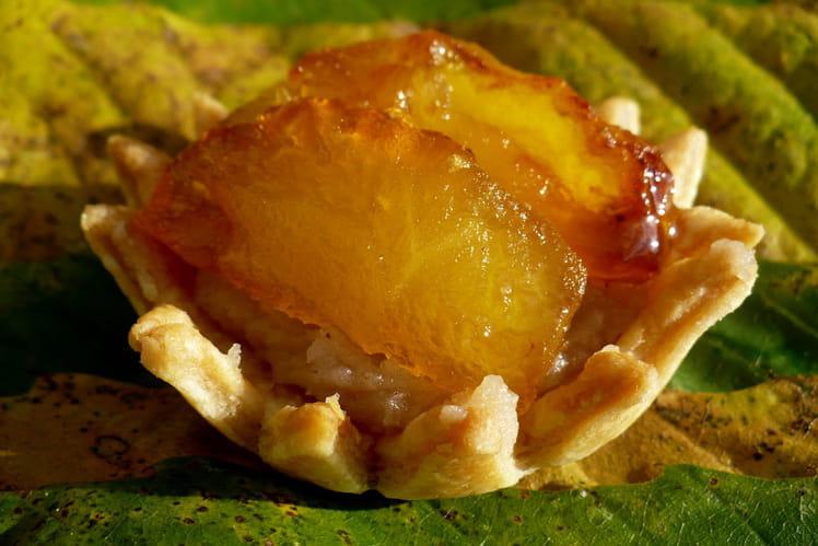 Tartelettes à la confiture de châtaignes et aux pommes