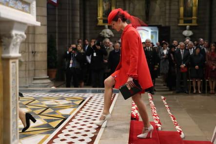 Charlotte Casiraghi arrive à la messe dans la cathédrale de Monaco