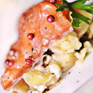 gravelax de saumon salade de pommes de terre truffées