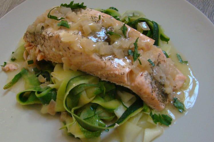 Tagliatelles de courgette au saumon et son beurre