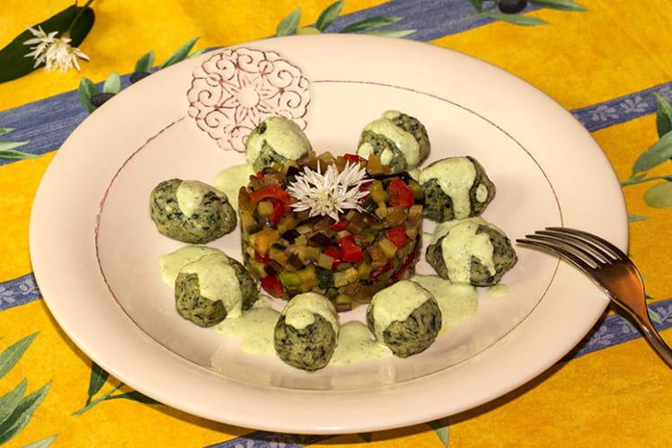Gnudi ricotta épinards, crème de ricotta à l'ail des ours, légumes du soleil en ratatouille