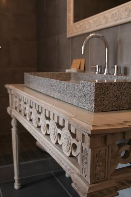 Un meuble vasque