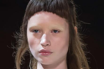 Iris Van Herpen (Close Up) - photo 2