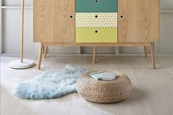 un certain investissement financier. Black Bedroom Furniture Sets. Home Design Ideas