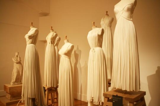 Une exposition rend hommage autalentdeMadame Grès