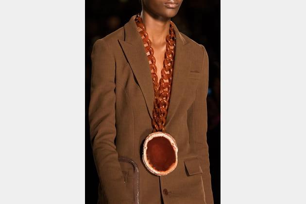 Givenchy (Close Up) - photo 45