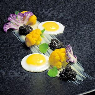 oeuf de caille, trilogie de chou-fleur et caviar de philippe etchebest