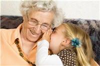 la complicité intergénérationnelle est renforcée entre les grands-parents qui