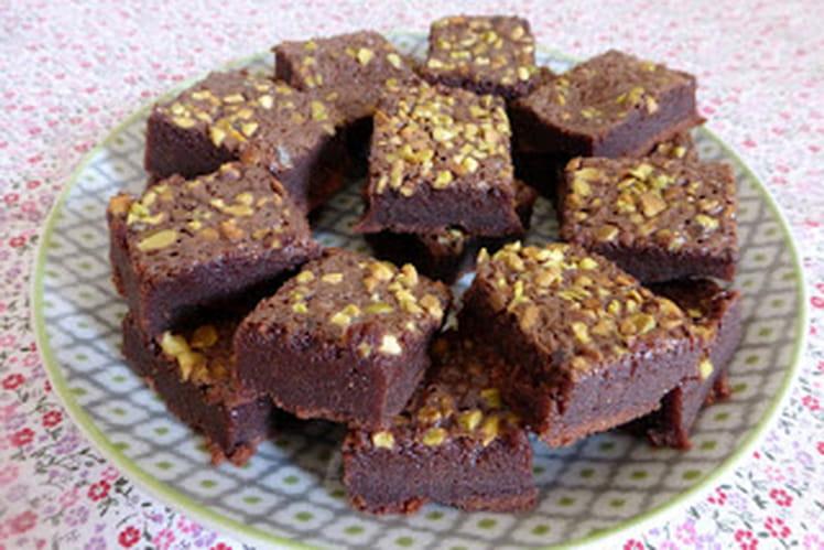 Brownie chocolat au lait et éclats de pistaches