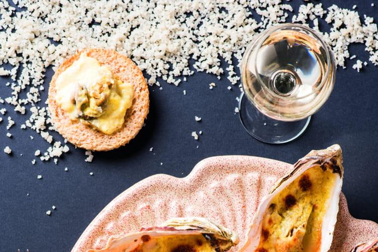Huîtres chaudes au Comté au vin jaune