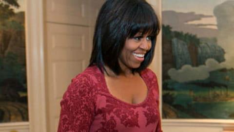 Michelle Obama tweete et change de tête