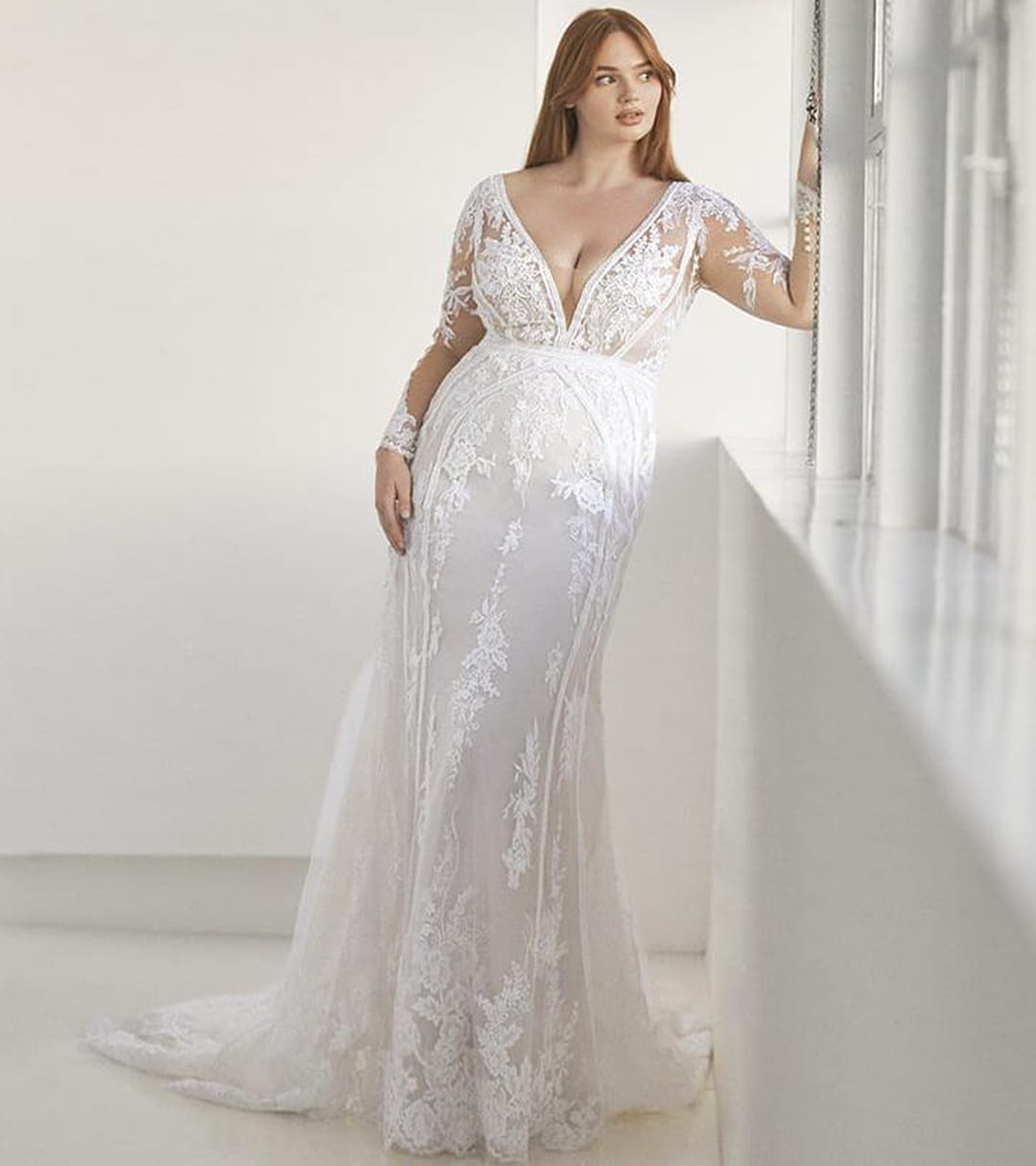 robe-andrews-pronovias-ashley-graham