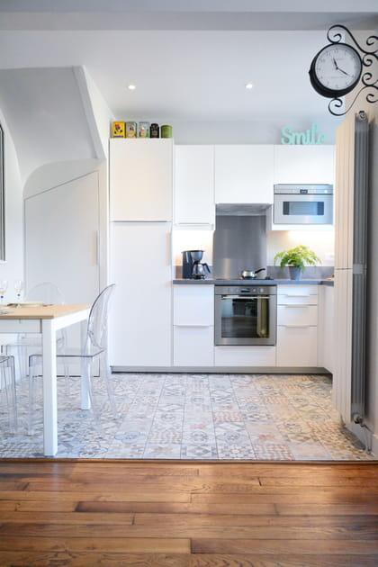 En images, des cuisines qui adoptent les carreaux de ciment
