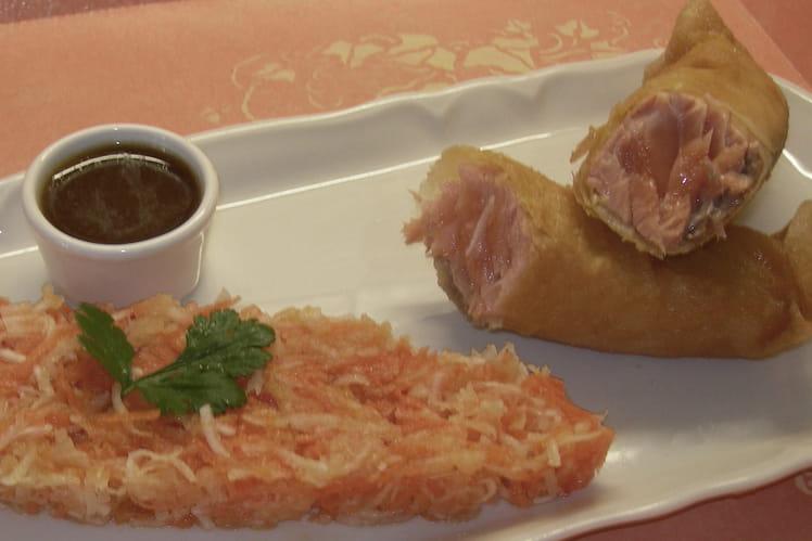 Croustillant de saumon et sa salade de crudités
