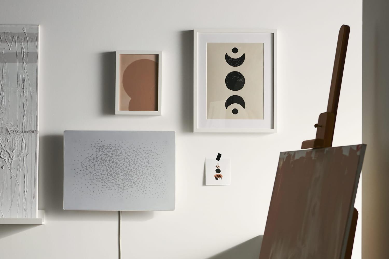 IKEA et Sonos signent une enceinte œuvre d'art à fixer au mur