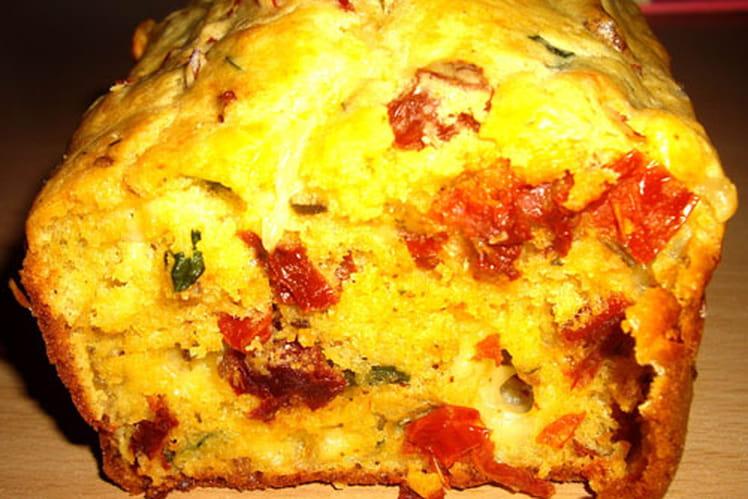 Recette de cake tomates s ch es mozzarella et basilic la recette facile - Cuisiner les tomates sechees ...