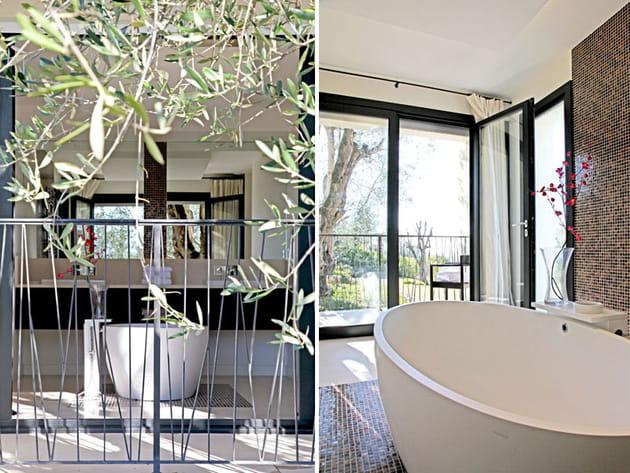 Une baignoire entre les oliviers