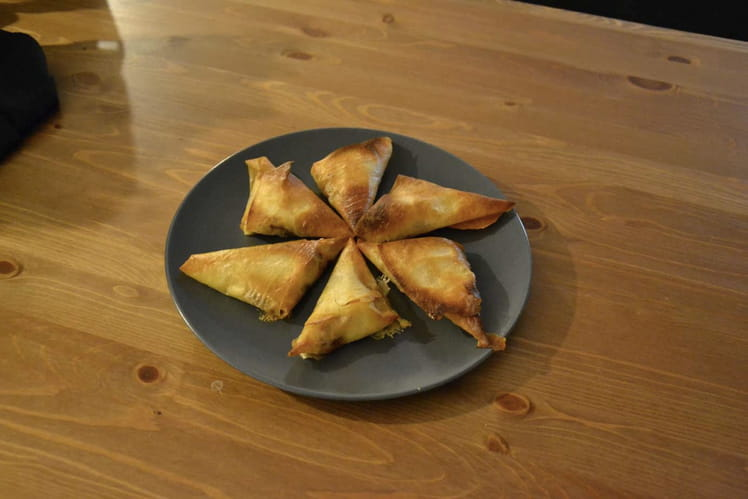 Triangle camembert pommes oignons