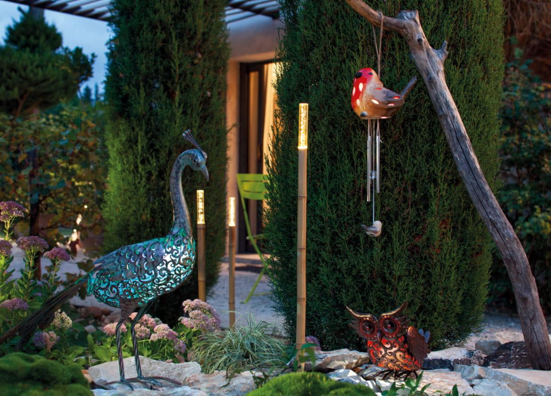 Piques lumineuses en bambou de jardiland for Decoration jardin jardiland