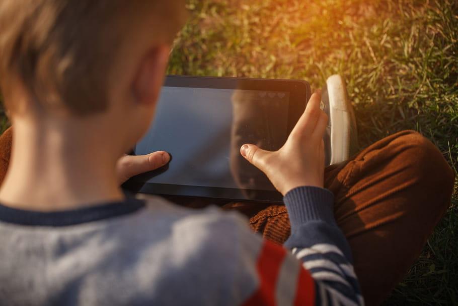Les enfants exposés dès 11ans aux sites pornographiques