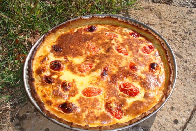 Quiche au thon et tomates cerise