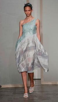 defile donna karan fashion week 2