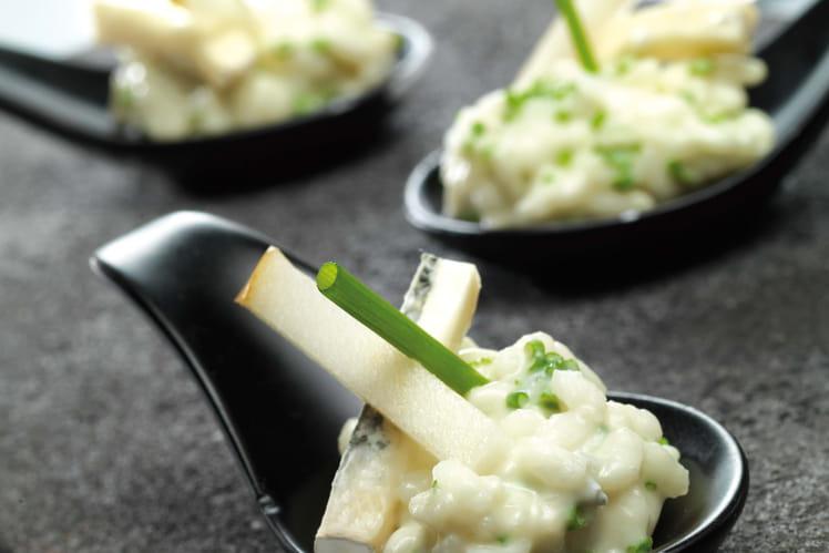 Petites cuillères de risotto aux poires et au Bresse Bleu