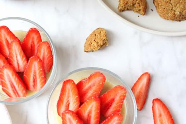 Parfaits quinoa, crème pâtissière et Gariguettes comme une tarte aux fraises (vegan et sans gluten)
