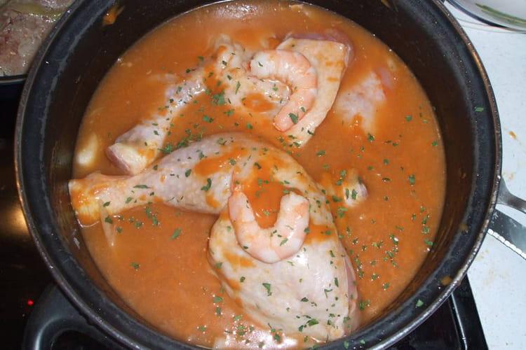 Poulet aux gambas et à la bisque de homard