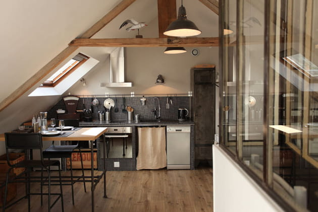 Un espace cuisine en mosaïque