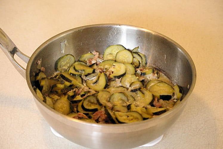 Poêlée-sauce aux courgettes